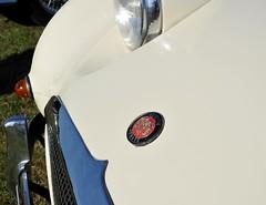 Austin Sprite bonnet badge (Pim Stouten) Tags: arden british car auto wagen pkw vhicule macchina burgzelem austin sprite bonnet badge healey frogeye