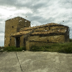 Oricin (Kike B) Tags: mairaga oricin valdorba lluvia agua navarra nafarroa kikeb iglesia atravsdelcristal