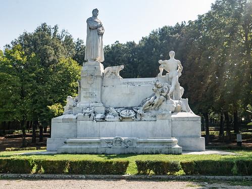 Monument to Petrarca, Arezzo