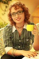 Like a Boss (Laura Sardinha) Tags: boss laura nerd glass book office like paula lordoftherings coffe palmeira sardinha nerdgirl
