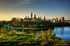parliament hill in ottawa (Rex Montalban Photography) Tags: sunrise ottawa parliamenthill hdr nationalgeographic parliamentbuildings photomatix nationscapital 5images nikond7000 rexmontalbanphotography pse9