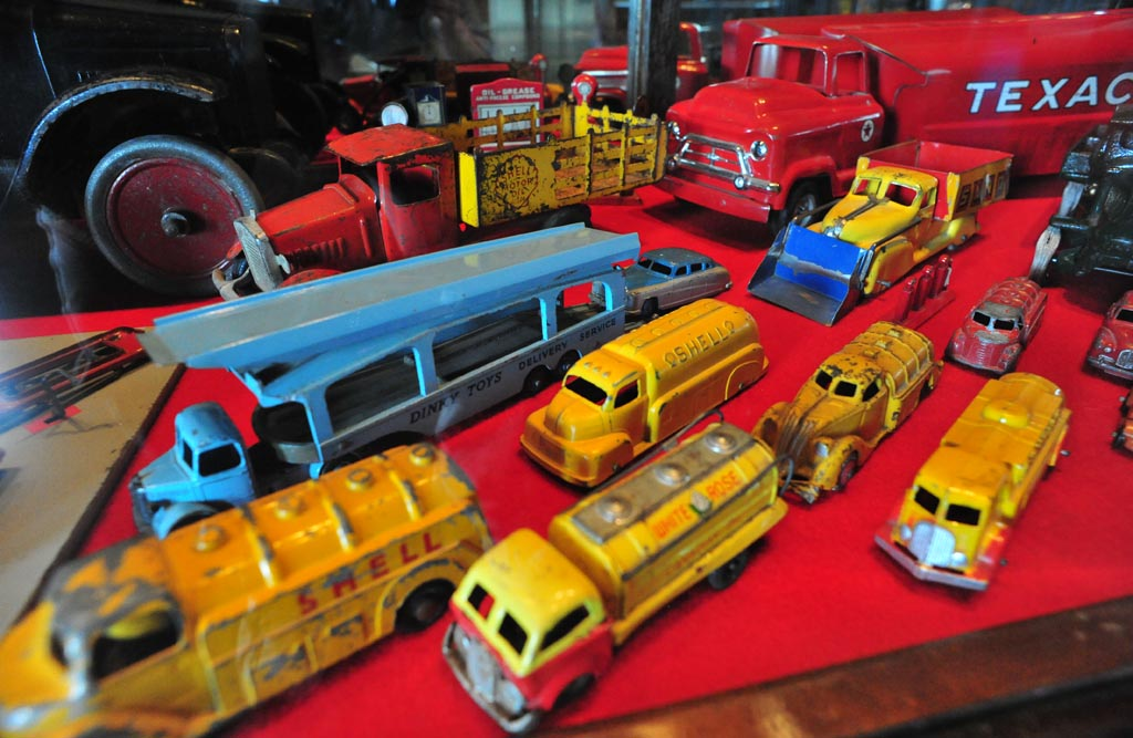 Toys For Trucks Calgary : The world s best photos of canada and texaco flickr hive