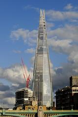 UK - London - London Bridge Quarter (Darrell Godliman) Tags: london tower glass skyscraper landmark shard renzopiano shardofglass renzopianobuildingworkshop theshard londonbridgequarter uklondonlondonbridgequarterdsc7489 onelondonbridgetower