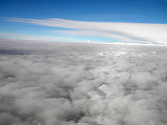 Paseo por las nubes (Alveart) Tags: arcoiris colombia nubes andes avion suramerica carmenviboral alveart luisalveart vuelocarmenviboral