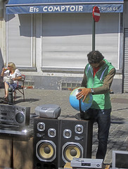 people from brussels (maximorgana) Tags: bear sign radio tv dvd sweater globe chair traffic telephone drinking screen player number shutter speaker cassette combo adoquin