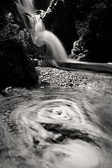 vortex (hiasl_3) Tags: bw fall water bayern bavaria waterfall wasser long exposure wasserfall sw isar cascade belichtung strudel stausee longtime sylvenstein langzeit nd110 vortexschronbach