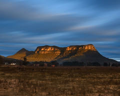 Sunrise Glow (Rodney Campbell) Tags: glendavis longexposure cpl gnd06 sunrise mountain clouds bigstopper newsouthwales australia au