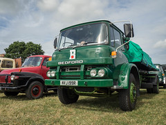 Bulmers Bedford KM - NVJ 199R (Ben Matthews1992) Tags: welland steam rally 2016 classic commercial old vintage historic preserved preservation vehicle transport haulage lorry wagon waggon truck british england bedford km bulmers cider 1976 nvj199r