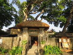 Tandjung Sari  Sanur - Bali 2016 (Valerie Hukalo) Tags: sanur bali asie asia indonsie indonesia hukalo safaribali valriehukalo tandjungsari