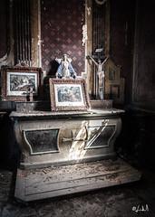 La chapelle des morts (chicos54) Tags: divine light chapelledesmorts urbex eglise churchdecay church abandonedchurch