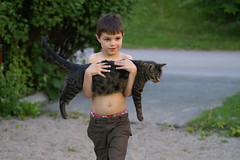 Carry Me (J.Johansson) Tags: cat carry care child green walk proud