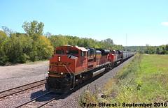 BNSF 9256 Leads EB Covered Hopper Shawnee, KS 9-17-16 (KansasScanner) Tags: shawnee zarah kansas bnsf railroad train