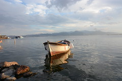 2016.bostanl barnak (8) (SONER DKER) Tags: turkey turkiye izmir karyaka bostanl boat fishing sandal sunset gunbatm reflection yansma cloudy bulutlu sun gne outdoor waterfront vehicle water