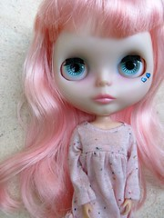 Another Hair Change (Lawdeda ) Tags: light fun doll factory with dress cutie blythe custom pinks rbl pinkalicious npop lawdeda