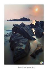 Sunrise   Pantai Penunjuk Kijal 2012 (SalehuddinLokman) Tags: sleeping giant malaysia kijal pantai terengganu penunjuk