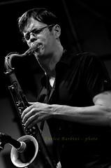Donnye McCaslin - 1 (Red Baron 3) Tags: sax liveconcert jazzmusic sorianonelcimino sassofono donniemccaslin nikond7000 enricobarbini tusciajazz2012 donniemccaslintrio