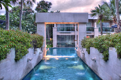 Pool @ dusk (CasperTucker) Tags: lighting trees sunset water pool thailand agua paradise dusk relaxing lagoon fountains relaxation huahin tropics chaam blacony  caspertography
