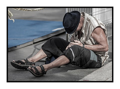 @$%&*@*!! (maoby) Tags: rouge bear bibitte bobkurt bronze canon camera collection day crazy dog démon earth excessive fatal follie funny gros histoire house initial look me montréal music noir panasonic pixel photo personnes québec rue vintage