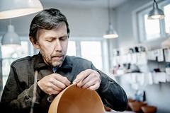 Langeland 2012 (fotograf mette johnsen) Tags: langeland mand mennesker keramiker