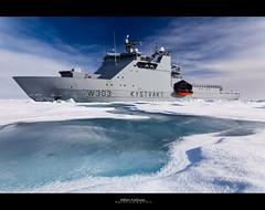 Breaking the ice (Hkon Kjllmoen, Norway) Tags: ship vessel svalbard skip icebreaking kystvakt abigfave sjforsvaret flickrdiamond norwegiancoastguard coth5 mygearandme hkonkjllmoen wwwkjollmoencom