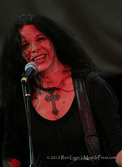 IMG_9569 (Ron Lyon Photo) Tags: troubadour concreteblonde jamesmankey johnettenapolitano grammycom musicinpress