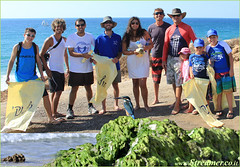IMG_Header (Streamer -  ) Tags: ocean sea people green beach nature ecology up israel movement garbage group cleanup clean bags friday  nonprofit streamer initiative enviornment gute    ashkelon         ashqelon   volonteers