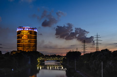 Gasometer (tankredschmitt) Tags: astronomie blauestunde gasometer lichteffekte nachtaufnahme nightscape oberhausen ruhrgebiet stimmungen