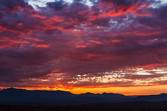 Daybreak (James Marvin Phelps) Tags: jamesmarvinphelpsphotography jamesmarvinphelps landscapephotography mojavedesert redrocks valleyoffirestatepark valleyoffire nevada starburst desert photography sandstone sunrise ngc