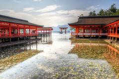 Itsukushima Shrine (ogawa san) Tags: hiroshima miyajima itsukushimashirine japan worldheritage heike heianperiod kiyomoritaira