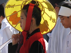 Yellow Hat (Gerry Dincher) Tags: internationalfolkfestival parade fayetteville cumberlandcounty northcarolina downtownfayetteville personstreet haystreet marketsquare korean korea yellowhat