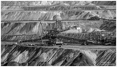 _MTA7211.jpg (Moyse911) Tags: exclavatrice excavatrice geante monstre mine charbon amazing great immense grue sable allemagne fuji