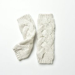 Winter wrist+armwarmer: Dreamriver (heartful-twist) Tags: knitting knit white craft knitaccessories yarn crochetedpattern heartfultwist cozy leg armwarmer classic normcore warmer wrist