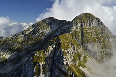 Distance between (matteo.buriola) Tags: friuli veneto prealpi bellunesi piancavallo alpago cima manera trekking hiking panorama nikon d3100 1855