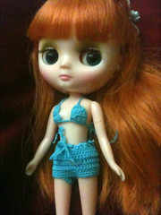 Cherish borrowed this little swimsuit made by SimplyKir from the Lati girls & wore it when she went out to Paradise Springs on the little Trolley during BlytheCon 2012!