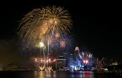 (Boon55) Tags: singapore fireworks firework esplanade marinabay nationaldayparade marinabaysand me2youphotographylevel1 ndp2012