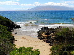 The Way IN (belindah-Thank You!-500,000 Views Now) Tags: ocean hawaii lava islands waves maui inlet