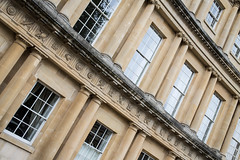 The Circus, Bath. UK (Vibrimage) Tags: windows reflections eos bath limestone pancake bathspa georgianarchitecture thecircus georgianhouses bathstone pancakelens 5d3 canon5dmark3 canon40mmf28stm