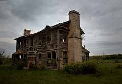 Bates/Geer House (Rodney Harvey) Tags: chimney abandoned stone south eerie creepy spooky missouri antebellum slavery