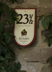 Half a House (kasio69) Tags: house quebec champlain half petit kasio69