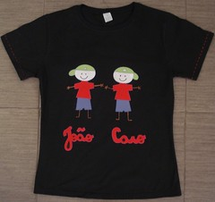 Homenagem aos filhos (Kaasf) Tags: artesanato artesanal patch patchwork camiseta customizada estilizada patchcolagem caamis patchapliqué patchapliqueé