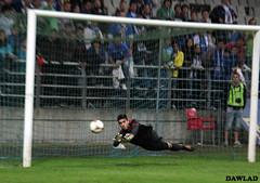 Parada de penalty (Dawlad Ast) Tags: del real asturias carlos dani el rey oviedo futbol barrio copa nuevo penalty prat portero tartiere 20122013 2ªronda