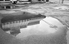 kfc (Time Share) Tags: city people urban blackandwhite bw ontario canada blancoynegro film monochrome analog 35mm walking blackwhite walk voigtlander bessa citylife streetphotography streetlife pedestrian hc110 rangefinder canadian bn boring usual urbanexploration bland hp5 normal everyday bessar exploration conventional voigtlnder theeveryday drab ordinary runofthemill mediocre hohum commonplace banalities selfdeveloped filmphotography urbanfragments ilovefilm insignificant unremarkable canadianeh undistinguished unimpressive autaut theordinary voigtlandercolorskopar35mmf25mc thisissofuckingordinaryitmightjustbeinteresting cantheordinarybeinteresting shotsofnothing theunexceptional hp5hc110b55min