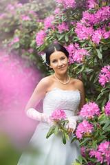 (Tomas Ramoska) Tags: 2016 flickr wedding bride girl flower tomas ramoska tomasramoska wwwtomasramoskacom hellotomasramoskacom bokeh purple people portrait