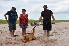 PEI - 2016-07-0085a (MacClure) Tags: canada pei princeedwardisland littleharbour beach family patty lindsay dog