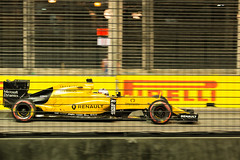 Kevin Magnussen, Singapore Grand Prix 2016 (tik_tok) Tags: kevinmagnussen renault singapore nightrace f1 formula1 formulaone grandprix racing cars motorsport marinabaystreetcircuit 2016 freepractice