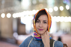 Francesca in The Blue Mosque, Istanbul (leonardrodriguez) Tags: istanbul constantinople turquie turkye turquia turk turque turques turkey portrait bokeh foulard soie silk sourire smile ritratto young lady woman girl