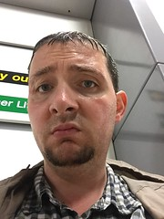 Wet (DJ Damien) Tags: june2g16 phone chris myspace