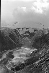Pasterze Glacier (daviwie) Tags: 400 analog analogue bw berg black blackwhite delta glacier gletscher ilford monochrome mountain pasterze white