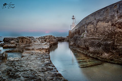 Una visuale insolita (lulo92) Tags: fao faro light luce tramonto sun sunset longexpositure lungaesposizione samyang salento otranto lecce mare sea sky cloud clouds blu viola blue purple photo moment passion filtri nd hitech