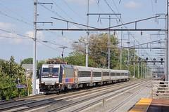 4639-Elizabeth-NJ-13-9-2016 (D1021) Tags: alp46 alp46electriclocomotive bombardier 4639 njt4639 njt njtransit newjerseytransit railroad loco locomotive amtrak'snortheastcorridor northeastcorridor nec pennsylvaniarailroad america usa elizabeth elizabethnj nj newyork